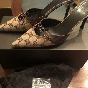 Vintage Gucci signature monogram mule shoes